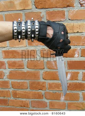 Black metal knives Brick