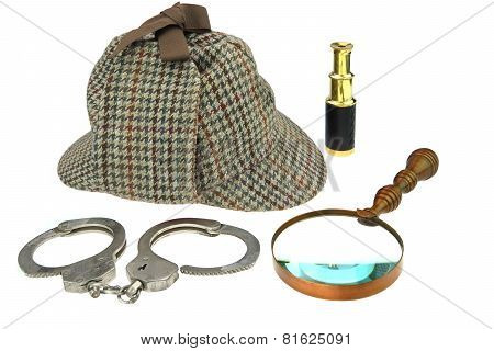 Deerstalker Hat, Magnifier, Handcuffs And Spyglass