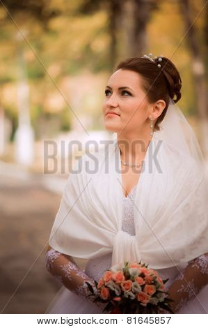Beautiful Bride In Wedding Dress And Bridal Bouquet, Happy Newlywed Woman With Wedding Flowers, Woma