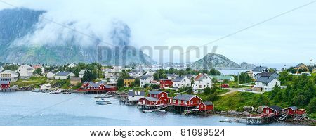 Summer Village Reine (lofoten, Norway).