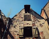 pic of neglect  - Abandoned old house near Riga City Center  - JPG