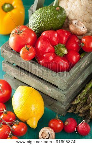 vegetables tomato pepper avocado onion cauliflower
