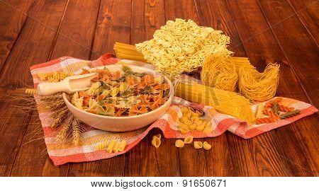 Variety of uncooked italian pasta