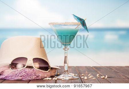 Cocktail, sunglasses, hat