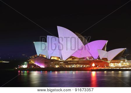 Sydney Opera House In Pastel Tones For Vivid Sydney