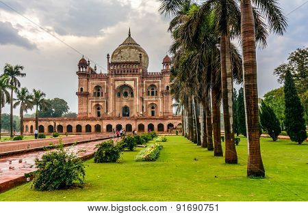 The Tomb Of Safdarjung In New Delhi