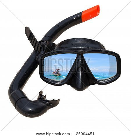 The ship tail-long at ocean landscape is reflected in diving mask and snorkel on the beach, Diving mask idea, Diving mask concept, Diving mask isolated, Diving mask background, Diving mask glass view ocean.