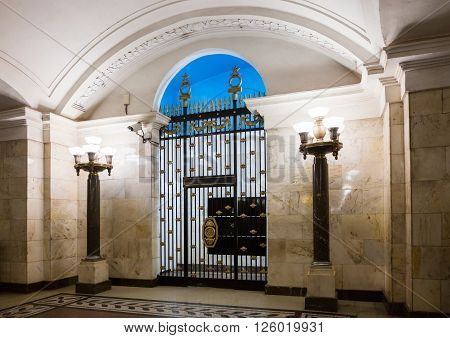 MOSCOW - MARCH 3: Gate at the dead end of the hall, informally known as 'Nebo' (The Sky) in Oktyabrskaya metro station on March 3, 2016 in Moscow. Designed by Leonid Polyakov who took the mid-19th century Neoclassical triumphal Empire style as the basis.