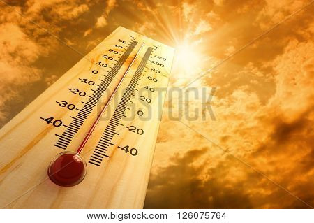 thermometer in the sky, the heat very hot temparature