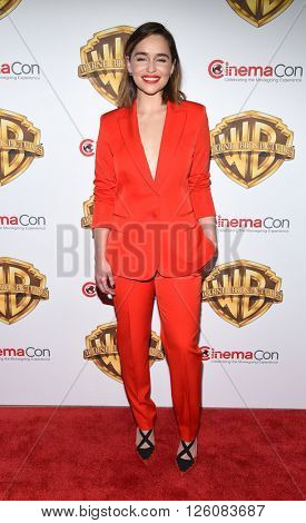 LOS ANGELES - APR 12:  Emilia Clarke arrives to the CinemaCon 2016: Warner Bros.