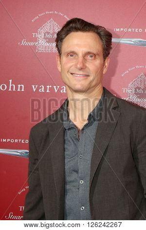 LAS VEGAS - APR 17:  Tony Goldwyn at the John Varvatos 13th Annual Stuart House Benefit at the John Varvatos Store on April 17, 2016 in West Hollywood, CA