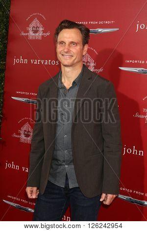 LAS VEGAS - APR 17:  Tony Goldwyn at the John Varvatos 13th Annual Stuart House Benefit at the John Varvatos Store on April 17, 2016 in West Hollywood, CA