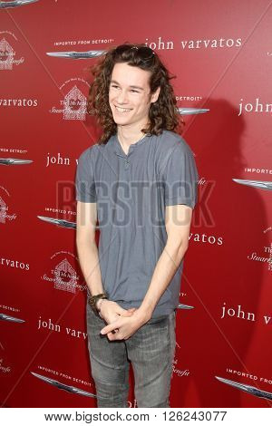LAS VEGAS - APR 17:  Kyle Allen at the John Varvatos 13th Annual Stuart House Benefit at the John Varvatos Store on April 17, 2016 in West Hollywood, CA