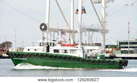 Crew Vessel Ailine Elizabeth Passing The Port Of Oakland