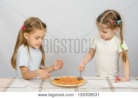Two Little Sisters Concentrated Smear Sauce Based Pizza