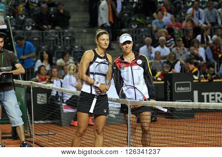 Beginning A Of Tennis Fed Cup Match