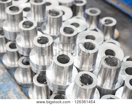 steel turning part by manual lathe machine