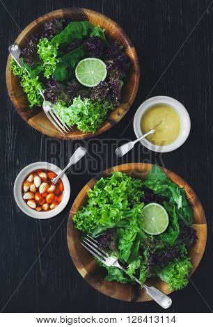 Green healthy lettuce salad with lime.