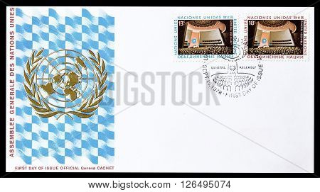 UNITED NATIONS - CIRCA 1978 : Cancelled First Day Cover letter printed by United Nations, that shows Big hall.