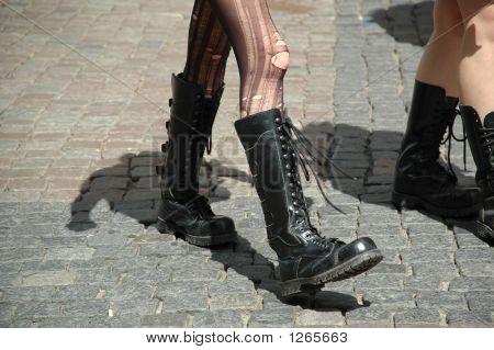Botas e pernas