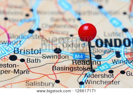 Basingstoke pinned on a map of UK
