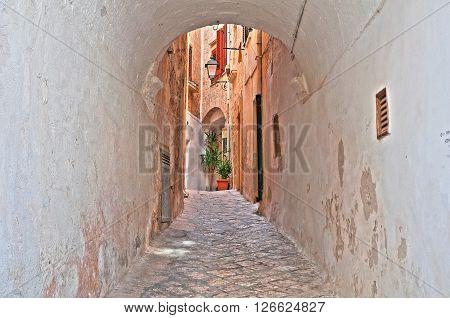 Alleyway of Polignano a mare. Puglia. Italy.