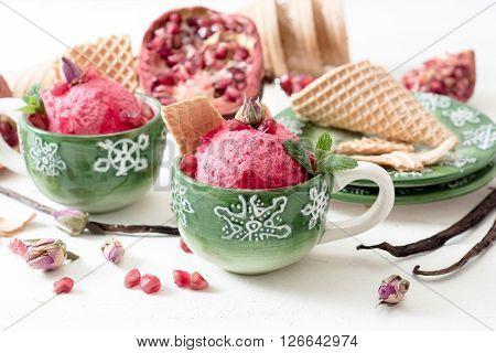 Pomegranates Ice Cream