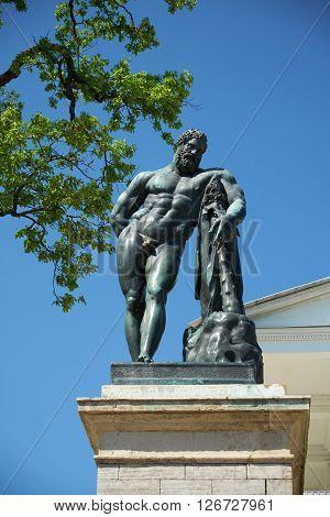 Sculpture statue of Hercules Catherine Park St. Petersburg