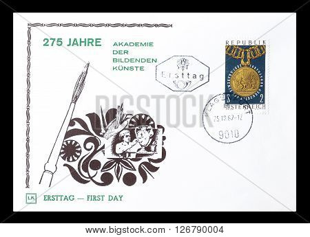 AUSTRIA - CIRCA 1967 : Cancelled First Day Cover letter printed by Austria, that shows Principal chain with medal.