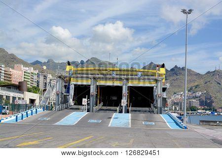 SANTA CRUZ, TEMERIFE - APRIL 17, 2016: A Fredolsen ferry preparing in the port of Santa Cruz, Tenerife