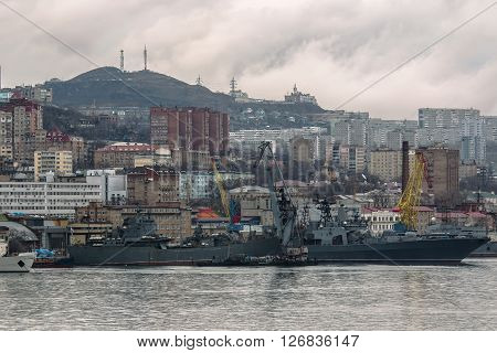 warships of the Russian Pacific fleet near the pier in Vladivostok