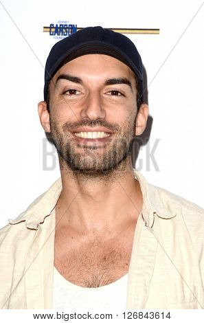 LAS VEGAS - APR 17:  Justin Baldoni at the Milk + Bookies Story Time Celebration at the California Market Center on April 17, 2016 in Los Angeles, CA