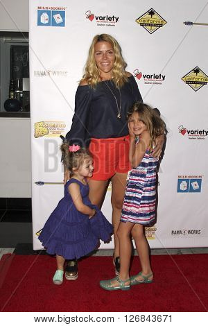 LAS VEGAS - APR 17: Busy Philipps, Birdie Leigh Silverstein, Cricket Pearl Silverstein at the Milk + Bookies Story Time Celebration at the California Market Center on April 17, 2016 in Los Angeles, CA