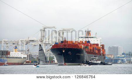 Cargo Ship London Express Entering The Port Of Oakland