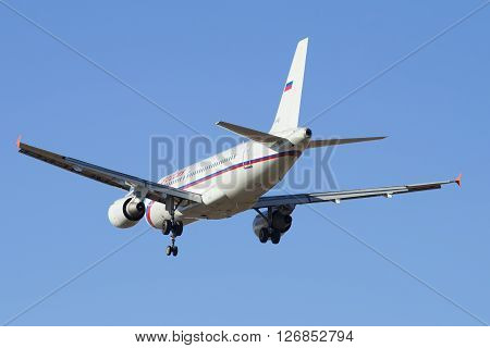 ST. PETERSBURG, RUSSIA - MARCH 20, 2016: Flying the Airbus A319-111 (VP-BIT) of airline