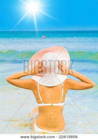 Sunshine in Paradise Bikini Pleasure