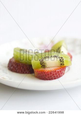 Erdbeeren und Kiwifruits