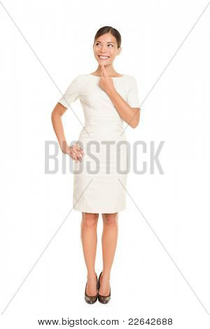 Denken-Business-Woman standing in Ganzkörper, isolated on white Background nachdenken nachschlagen