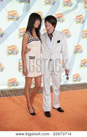 LOS ANGELES - MAR 31: Drake Bell at the 2007 Kids' Choice Awards at UCLA in Los Angeles, California on March 31, 2007