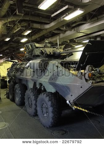 Light Armored Vehicle (lav)