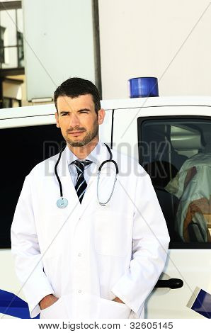 Doctor Ans Ambulance