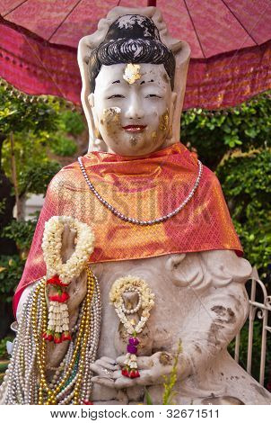 White Kuan Im U Lai, chinese god