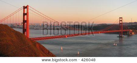 Ponte Golden Gate, ao pôr do sol