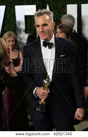 WEST HOLLYWOOD, CA - 24 de fevereiro: Daniel Day-Lewis no Vanity Fair Oscar Party no Sunset Tower em Feve