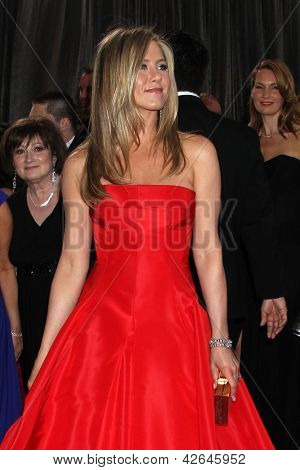 LOS ANGELES - FEB 24:  Jennifer Aniston arrives at the 85th Academy Awards presenting the Oscars at the Dolby Theater on February 24, 2013 in Los Angeles, CA