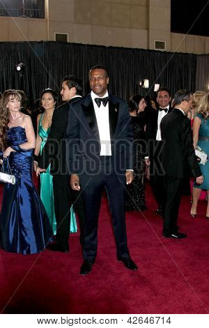 LOS ANGELES - FEB 24:  Chris Tucker arrives at the 85th Academy Awards presenting the Oscars at the Dolby Theater on February 24, 2013 in Los Angeles, CA