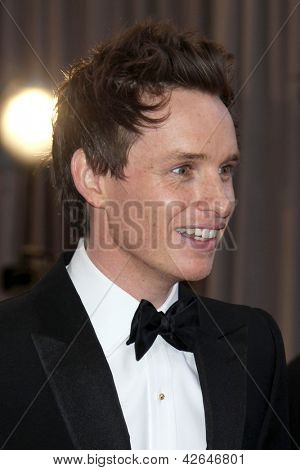 LOS ANGELES - FEB 24:  Eddie Redmayne arrives at the 85th Academy Awards presenting the Oscars at the Dolby Theater on February 24, 2013 in Los Angeles, CA