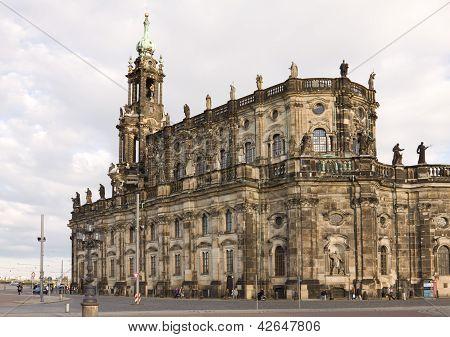 der Hofkirche in dresden