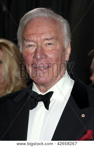 LOS ANGELES - FEB 24:  Christopher Plummer arrives at the 85th Academy Awards presenting the Oscars at the Dolby Theater on February 24, 2013 in Los Angeles, CA