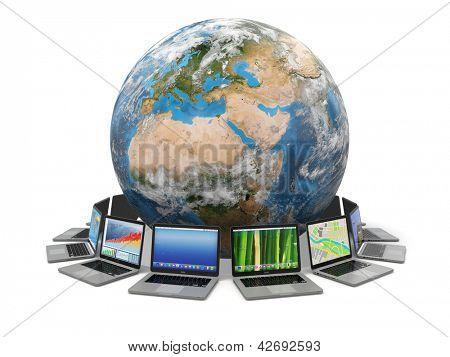 Internet. Comunicação global. Terra e laptop no fundo branco isolado. elementos 3D disso eu